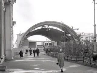Бассейн Мурманск. 7 марта 1966 года, в Мурманске состоялось открытие плавательного бассейна