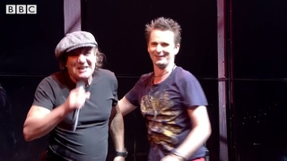 Brian Johnson & MUSE: Back In Black (Reading Festival, 2017)