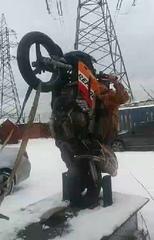 "МОТО ТРЕНАЖЕР 🥇 ВИЛЛИ МАШИНА on Instagram: ""Зимняя тренировка на Вилли машине  #виллимашина #wheeliemachine #stuntrudung #honda #motospb #motopiter"""