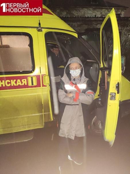 Врачи скорой помощи в отчаянии! Врачи скорой помощи в Омске целый день катали пациентов по городу, не зная, куда их пристроить. Больных с подозрением на ковид не хотели принимать ни в одной