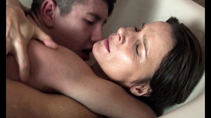 Порно Мать Внутрь