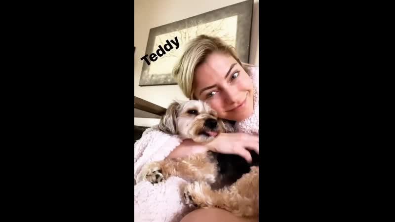 Video@alexablissdaily Обновление Instagram Story Алексы Блисс 20 марта 2020