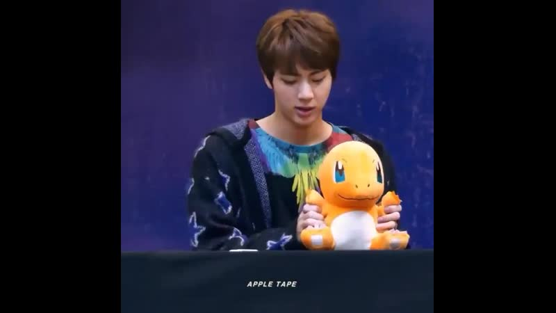 Jin playing and making the charmander toy to dance to mama is still one of the cutest things and u can't tell me otherwise