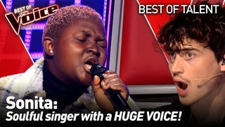 She got an INSTANT 4-CHAIR-TURN on The Voice 😱