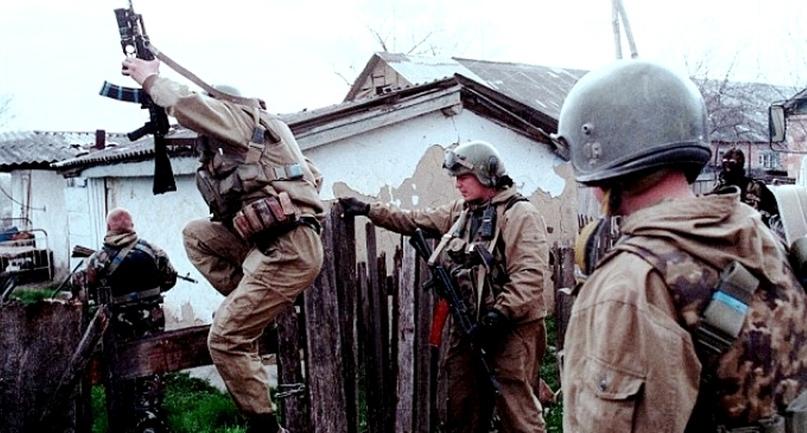 ЧЕТЫРНАДЦАТЬ ДНЕЙ НА ВОЙНЕ. Чтобы было в Чечне семнадцать лет назад. Часть 1-я