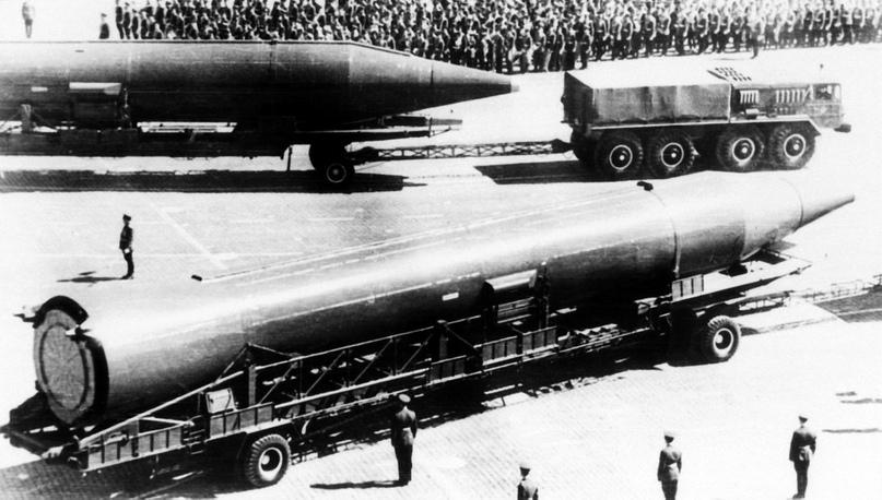 Р-14 – советская баллистическая ракета средней дальности наземного базирования.