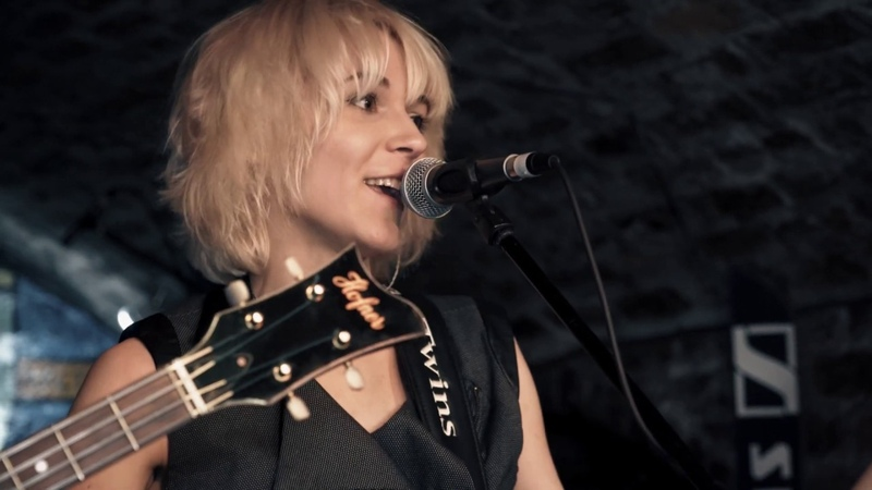 You Can't Do That The Beatles Cover MonaLisa Twins Live at the Cavern Club