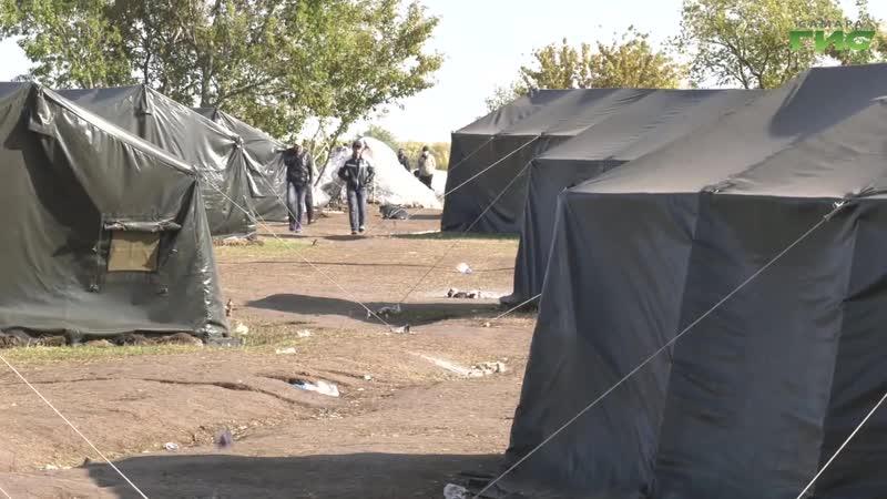 Палаточный городок в котором жили мигранты из Узбекистана больше не принимает