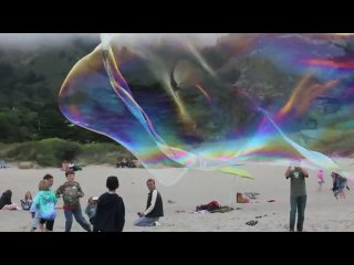 Giant Stinson Beach Bubbles (как увидеть ветер)