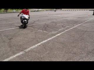 Трюки на мотоциклах [HD]