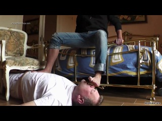 Str8 latino master and slave gay feet trampling domination