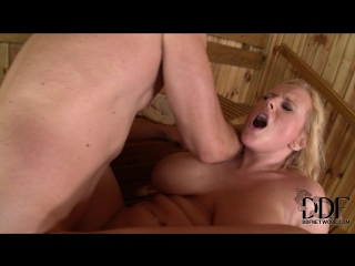 Angel wicky (горячую блондинку трахнули вдвоем в бане) group sex, all sex, anal, dp