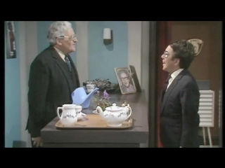 Speakout Elementary DVD Video Unit 11 - The Two Ronnies