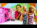 Barbie ve kız oyunları. Cemre'nin güzellik salonu - Barbie için saç bakımı ve kuaför oyunu!