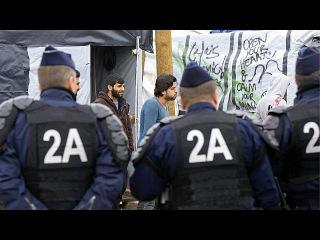 """Франция: мигрантов просят уйти из """"Джунглей"""". Пока по-хорошему"""