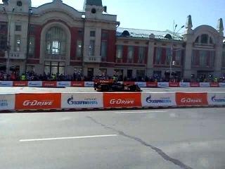 Болид формулы 1 на G Drive show Новосибирск 2014 №1