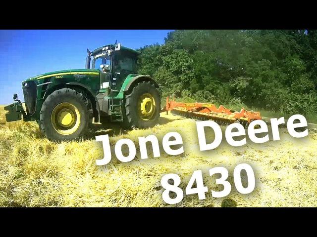 Современная сельхозяйственая техника трактор Jone Deere 8430 Новейшее сельское хозяйство