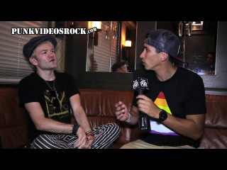 Sum 41's Deryck Whibley Talks New Album '13 Voices,' Ludacris collab & 5SOS w/ @RobertHerrera3