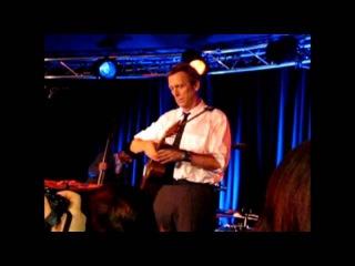 Hugh Laurie - Let Them Talk Hamburg Cafe Keese full 27-04-2011 (Russian subtitles)