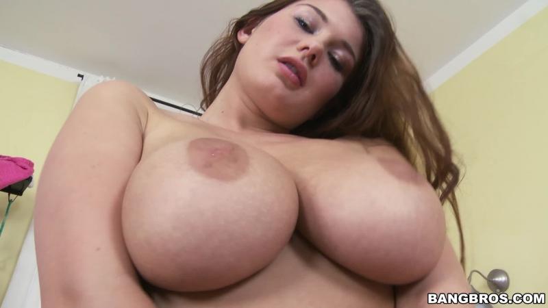 takes-gigantic-naturals-boobs-jjj-vids-aunty-fucking