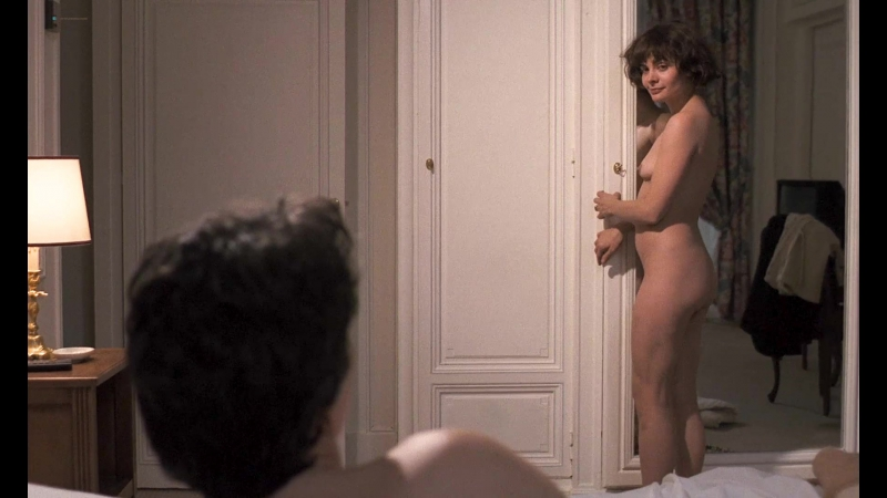 Marie Trintignant Nude Betty ( FR 1992)