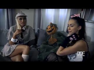 Christen Courtney, Cherry Kiss, Leyla Bentho (Milf vs Babysitter - A Hardcore Foursome Halloween Fuck Off) Cocaine