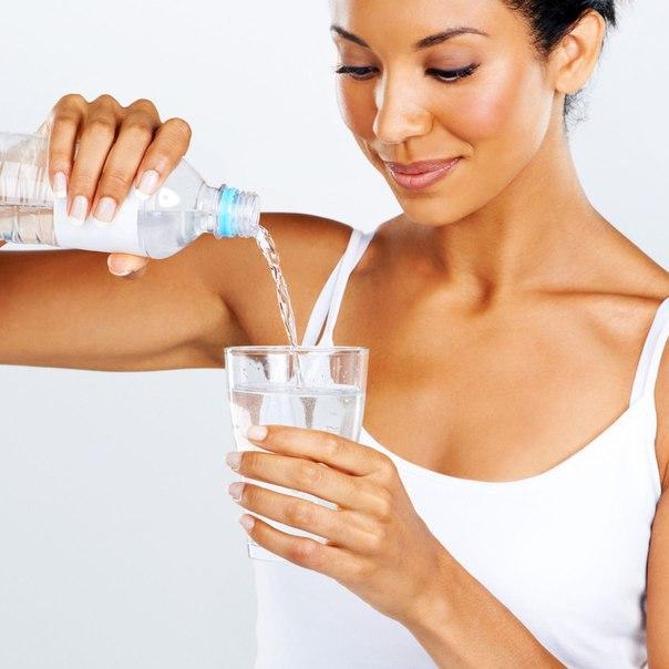 Помогает вода похудению