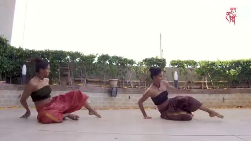MUKTI SHAKTI MOHAN FUSION DANCE ON SHAPE OF YOU CARNATIC MIX BY INDIAN RAGA FE
