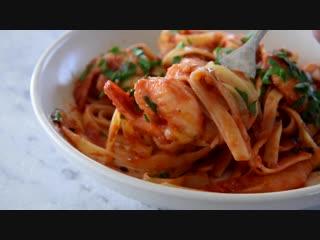 Spicy chilli prawn pasta (shrimp)