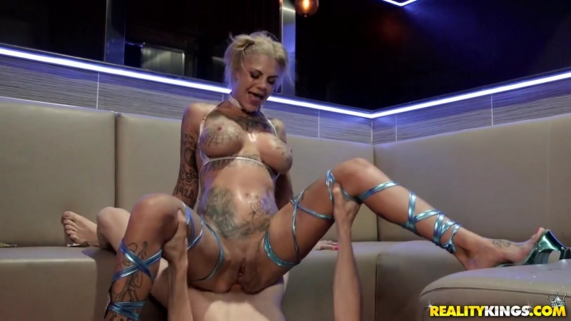 Bonnie Rotten - Experience At The Strip Club [All Sex, Hardcore, Blowjob, Gonzo]