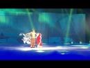 Снежный Король , шоу Евгения Плющенко (ноябрь 2014 г.): Северный Шаман (Томаш Вернер) и Герда (Ирина Слуцкая).