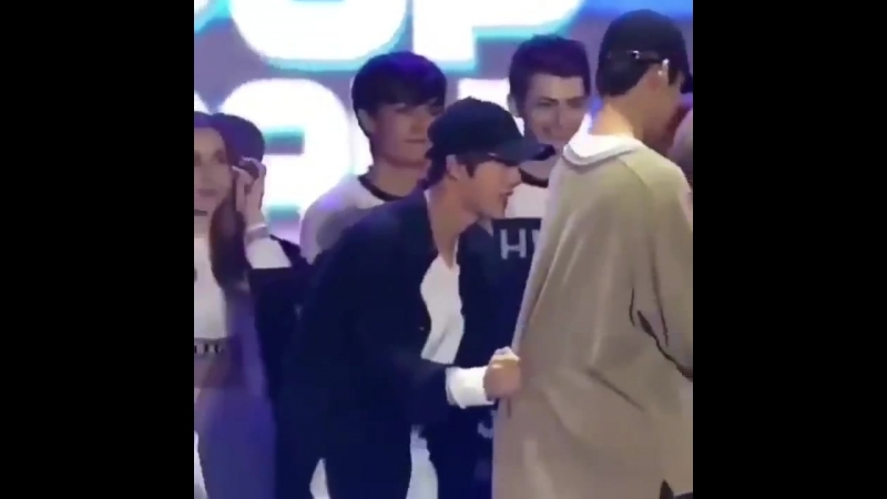 Jin collecting BTS members, a saga that will continue forever