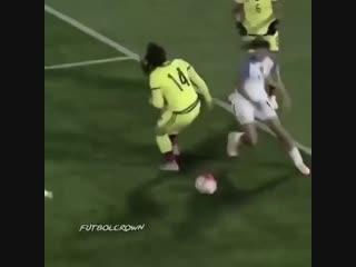 Финты из женского футбола