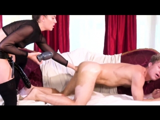 Kasey warner pegs michael vegas with a huge strapon and fucks him [strapon domination, fisting anal]