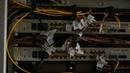 Специалисты Феонета приводят в порядок кабельное хозяйство на крышах многоэтажек