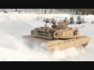 Дрифт на танке lhban yf nfyrt