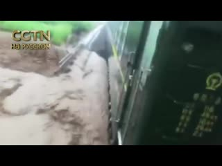 Машинистам поезда K7139 удалось спасти более 800 пассажиров