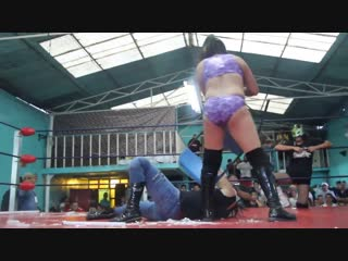 (fancam) felina metálica vs magnifica vs ludark vs lady star ¡¡¡ lucha extrema !!!