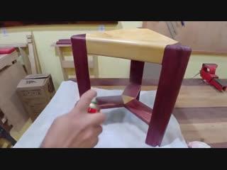 Оригинальный табурет от oficina caipira do pereira