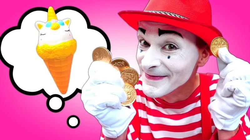 Çocuk oyunları Palyaço Unicorn ice cream dükkanında çalışıyor Eğlenceli oyuncak videosu