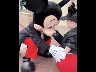 Обычный день в Disneyland`е