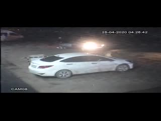 Воры сливают бензин в Уфе ночью !!! Смотреть видео с 17:54!!! Город Уфа улица Заводская рынок Купец !!!