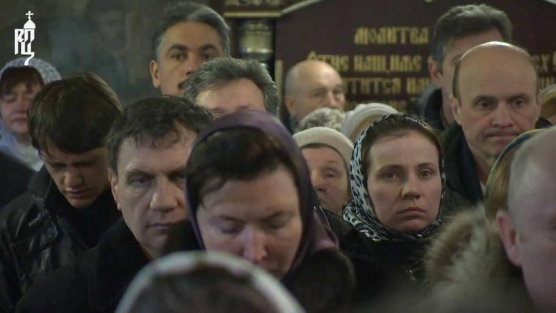 Патриарх Кирилл вознес молитвы о мире на Украине