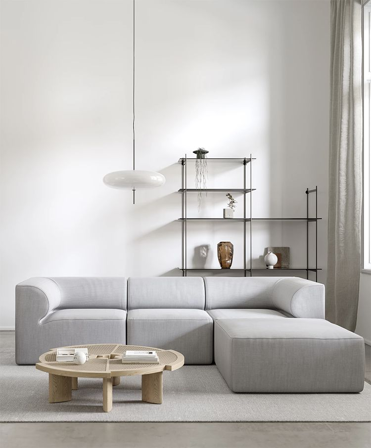 Pale project by Bronxes Studio