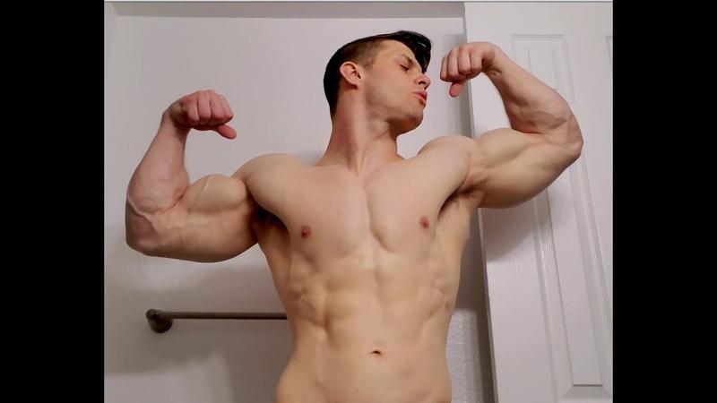 Massive Biceps in a green stringer