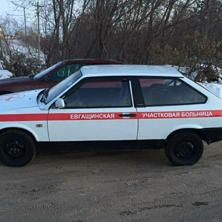 Радик Миниханов подарил автомобиль