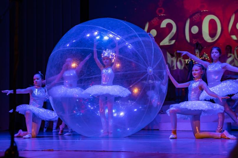 Новогоднее шоу на радость маленьким ухтинцам, изображение №8
