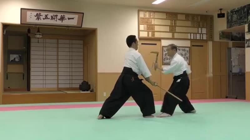 正木流併伝鎖鎌術 其之二 Kusarigama jutsu Bujutsu - YouTube (360p)