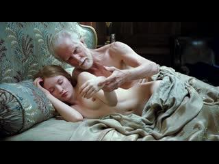 Эмили Браунинг Голая - Emily Browning Nude - Спящая красавица