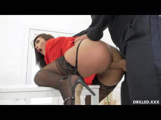 [Drilled] Bella Rolland - Gets The Janitor To Fuck Her Ass NewPo